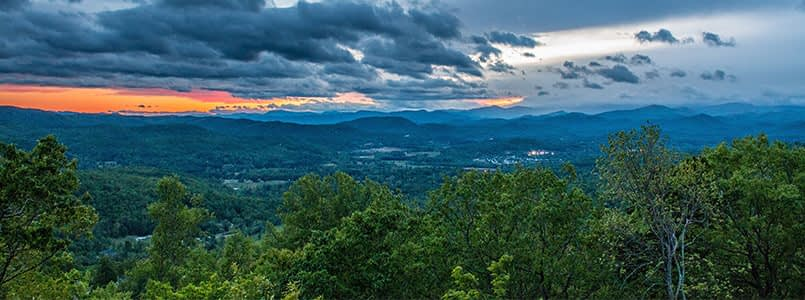 Hyde Park: Living In Arden, NC Offers The Best Of Asheville And Hendersonville